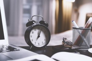 5 Healthy Ways To Deal With Crazy Newsroom Schedules