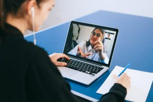 Spice Up Your Zoom Interviews With These Tips and Tricks